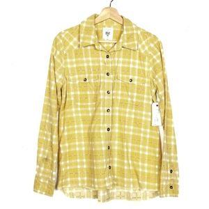 NWT billabong yellow plaided long sleeve size M